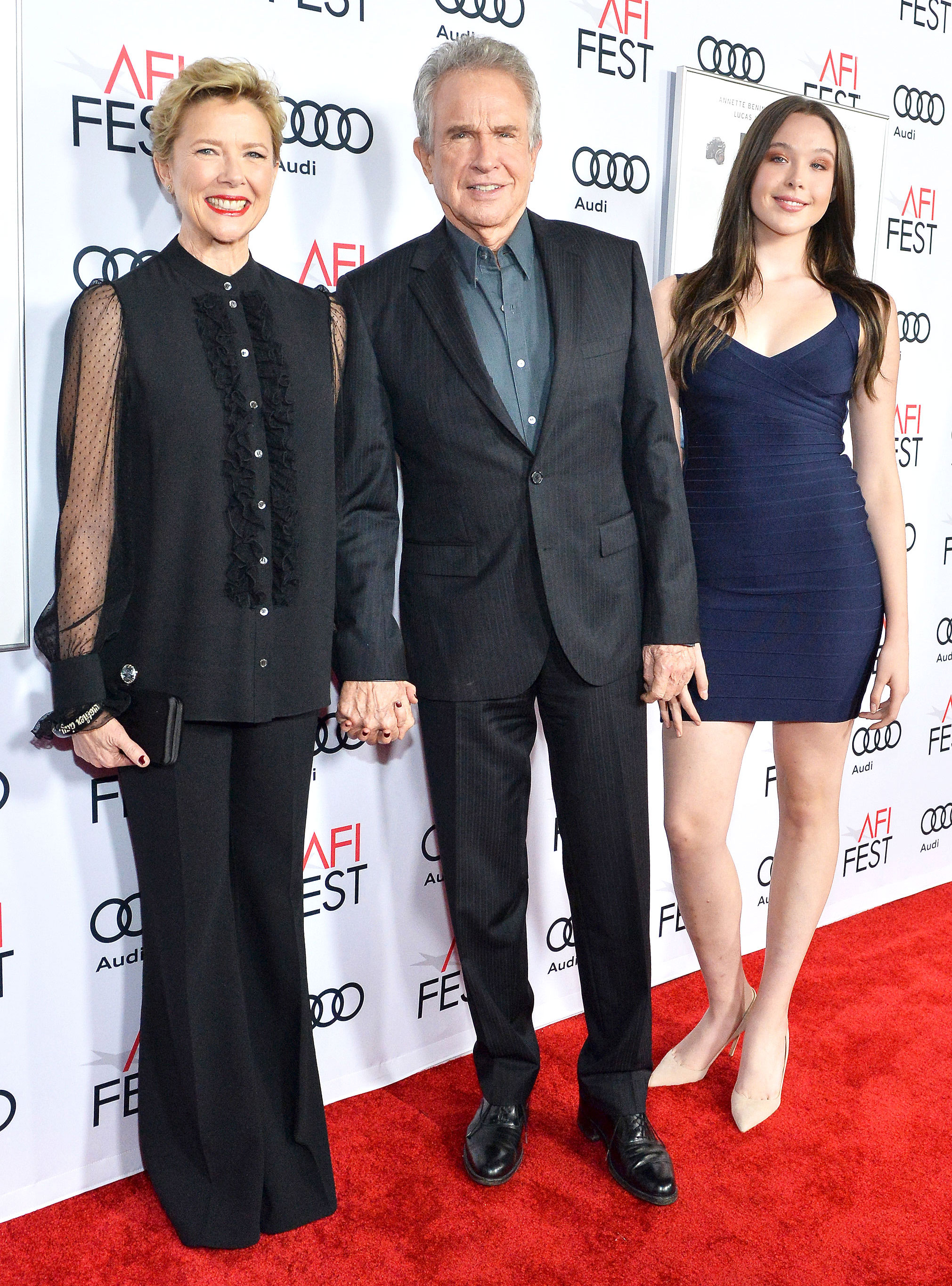 Annette Bening Warren Beatty Bring Teen Daughter To Carpet