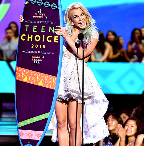 Britney Spears - Teen Choice Awards (onstage)