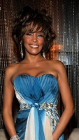 1250548391_whitney_houston_290x402