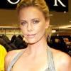 1250799514charlize_theron_290x206