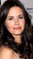 1250802923_courteney_cox_290x402