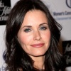1250802923courteney_cox_290x206