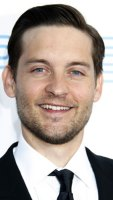 1251126472_tobey_maguire_290x402