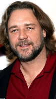 1251216582_russell_crowe_290x402