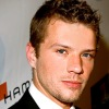 1251217848ryan_phillippe_290x206