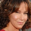 1251224435jennifer_grey_290x206