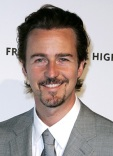 1251298646_edward_norton_290x402