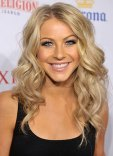 1251406042_julianne_hough_290x402