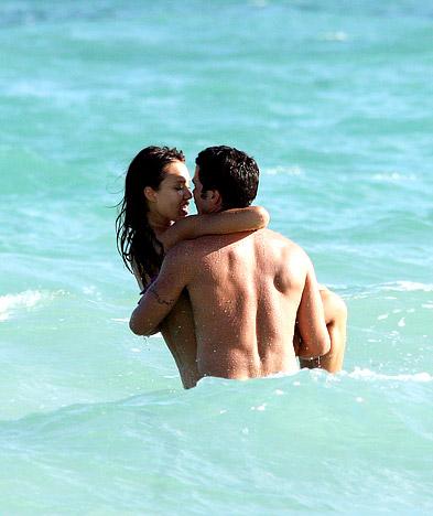 Jessica alba sex on beach