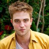 1299101687robert-pattinson-206