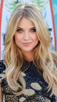 1299540217_ashley-benson-402