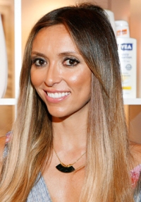 1313599675_giuliana-rancic-beauty-lesson-290