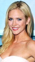 1351180930_brittany-snow-290