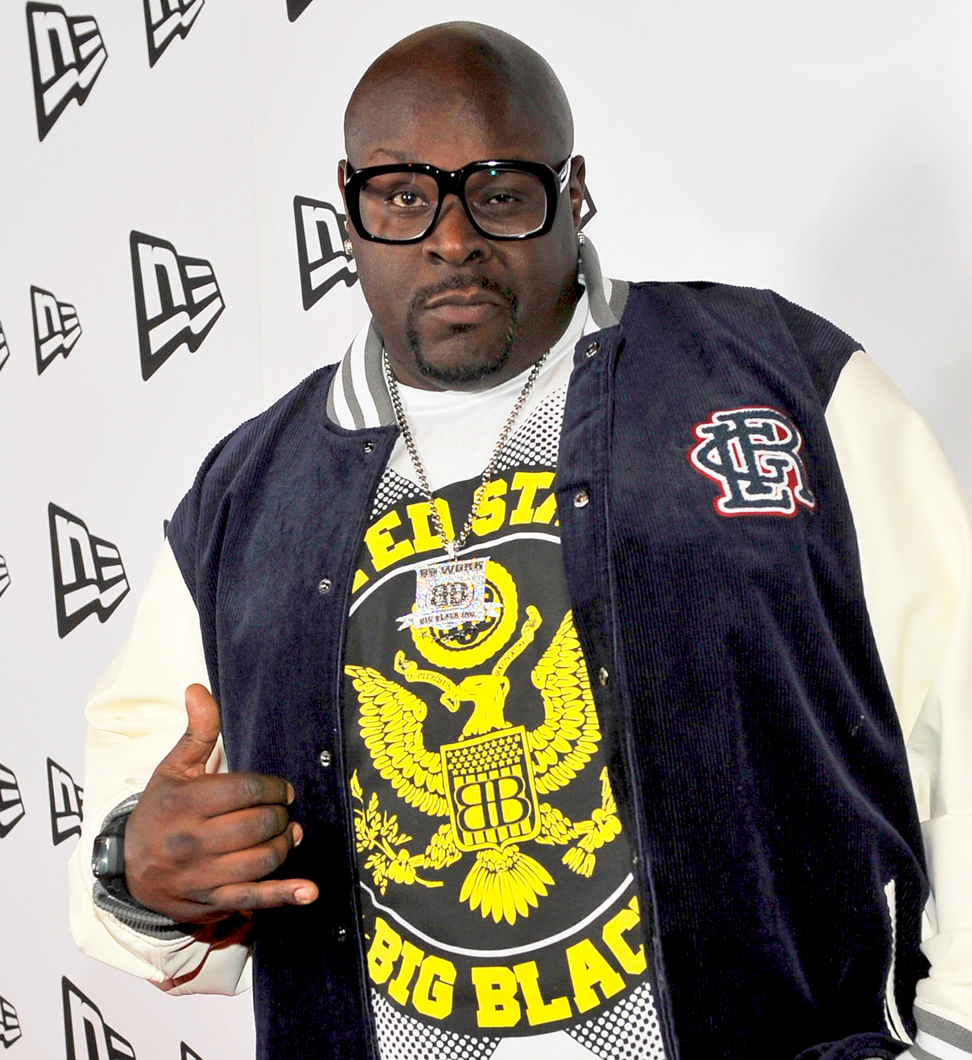 Big black photo 99