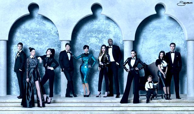 Kardashians 2013 Christmas Card.Kardashians Christmas Cards Over The Years Us Weekly