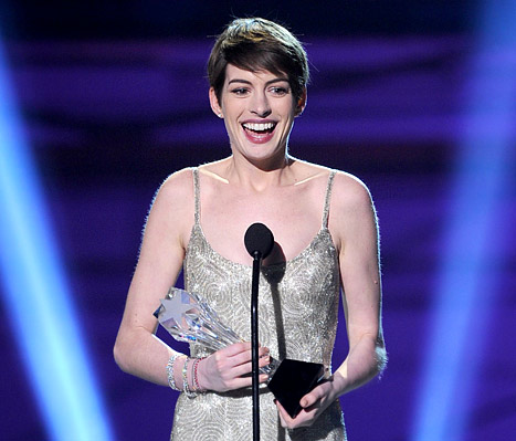 1357919410_anne-hathaway-article