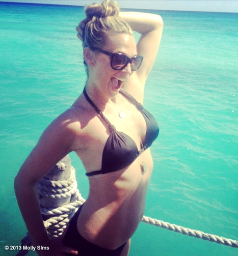 Molly Sims Debuts Slim Bikini Body After Complaining About ...