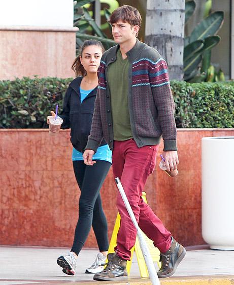 Are mila kunis and ashton kutcher dating 2013