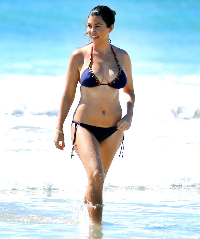 Babe bikini in mexican