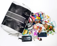Gwen Stefani: What's In My Bag