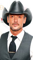 1373401624_163799754_tim-mcgraw-406