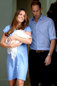 1374607918_kate-middleton-prince-william-baby-100zoom