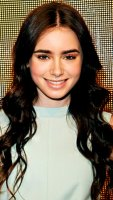1375922784_139237147_lily-collins-402