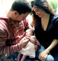 1379069795_channing-tatum-jenna-dewan-everly-zoom