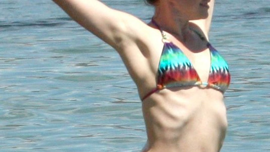 Alyson Hannigan in bikini in Malibu on Sept 19, 2013