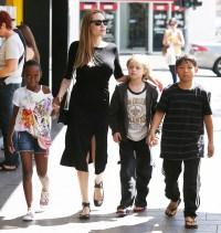 Angelina Jolie, Pax, Shiloh and Zahara