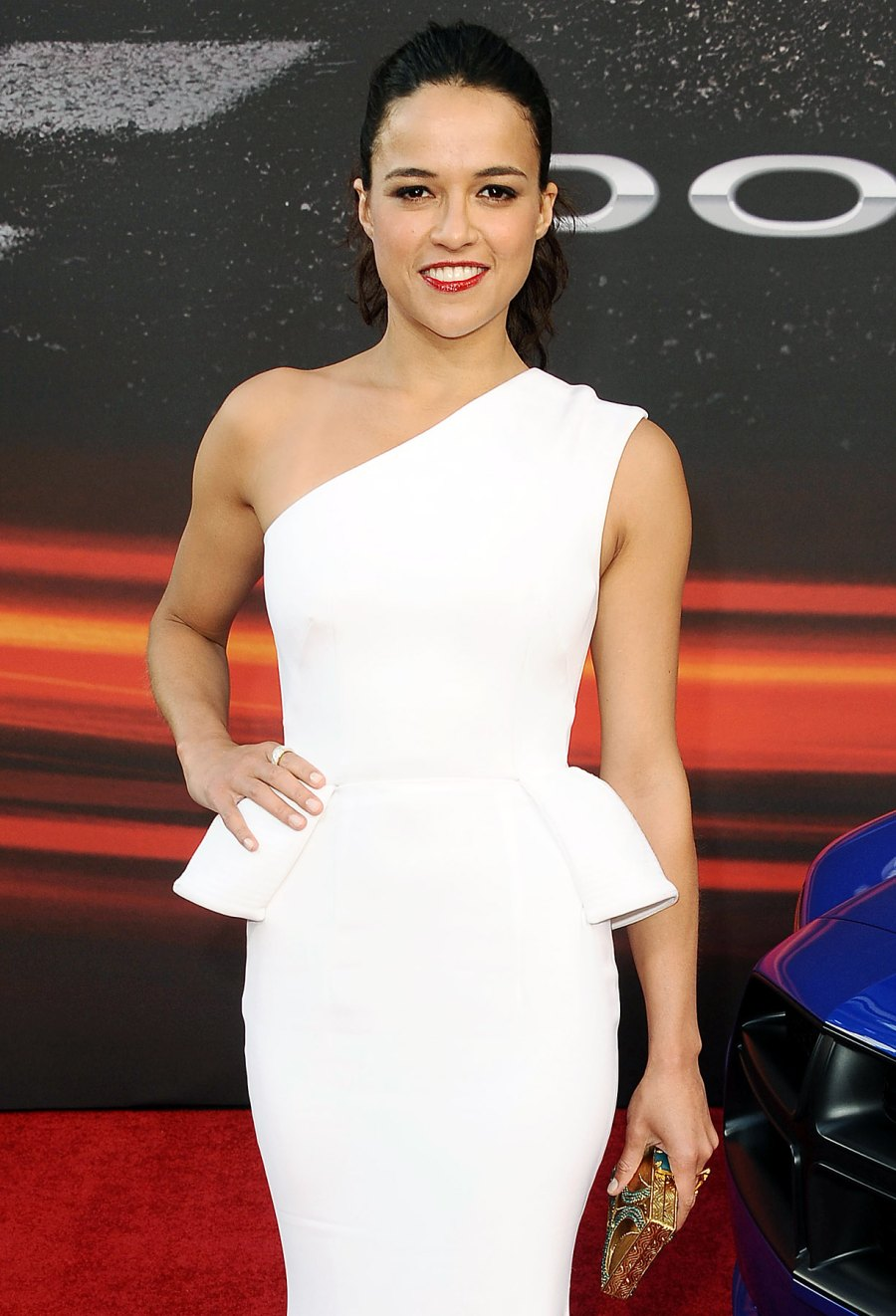 1380643737_michelle-rodriguez-gall-zoom
