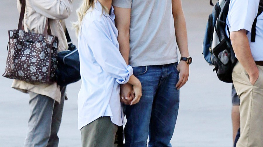 Ryan Sweeting visits Kaley Cuoco on set on October 2, 2013