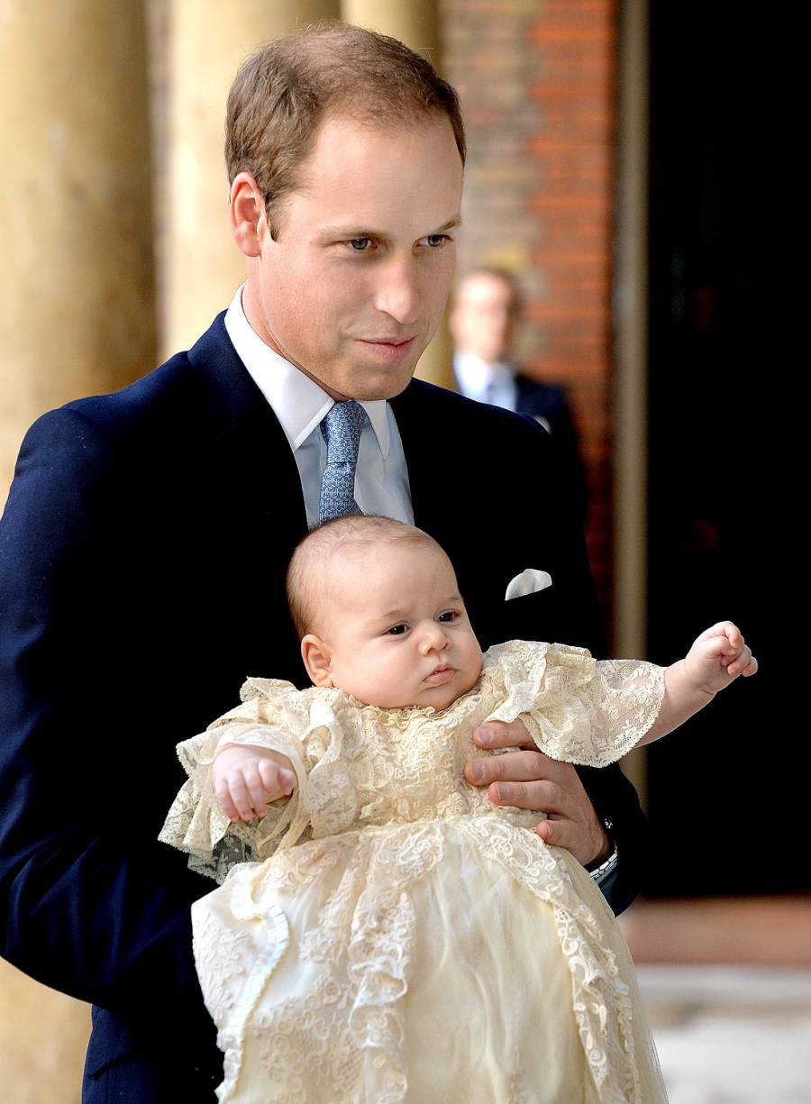 1382540209_prince-william-baby-george-zoom