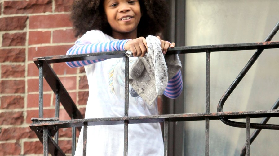 """Quvenzhane Wallis on the set of """"Annie"""" on Nov. 16, 2013 in NYC"""