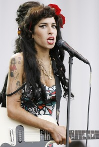1392402256_amy-winehouse-zoom