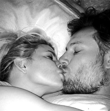 jessica simpson kiss