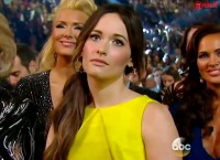 1393613895_kacey-musgraves-zoom