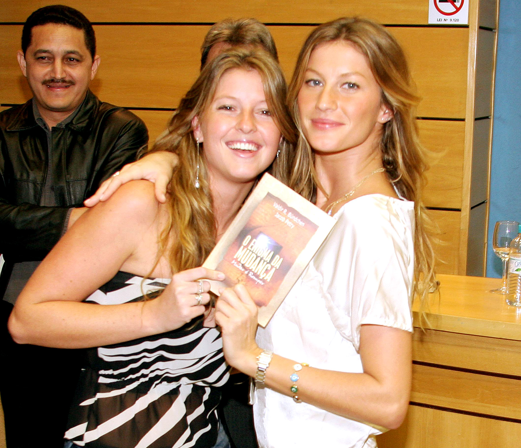 Supermodel sis! Before she was Mrs. Tom Brady, global catwalking queen Gisele Bundchen was raised in Brazil with five sisters -- Gabi, Raquel, Graziela, Rafaela and her fraternal twin, Patricia.