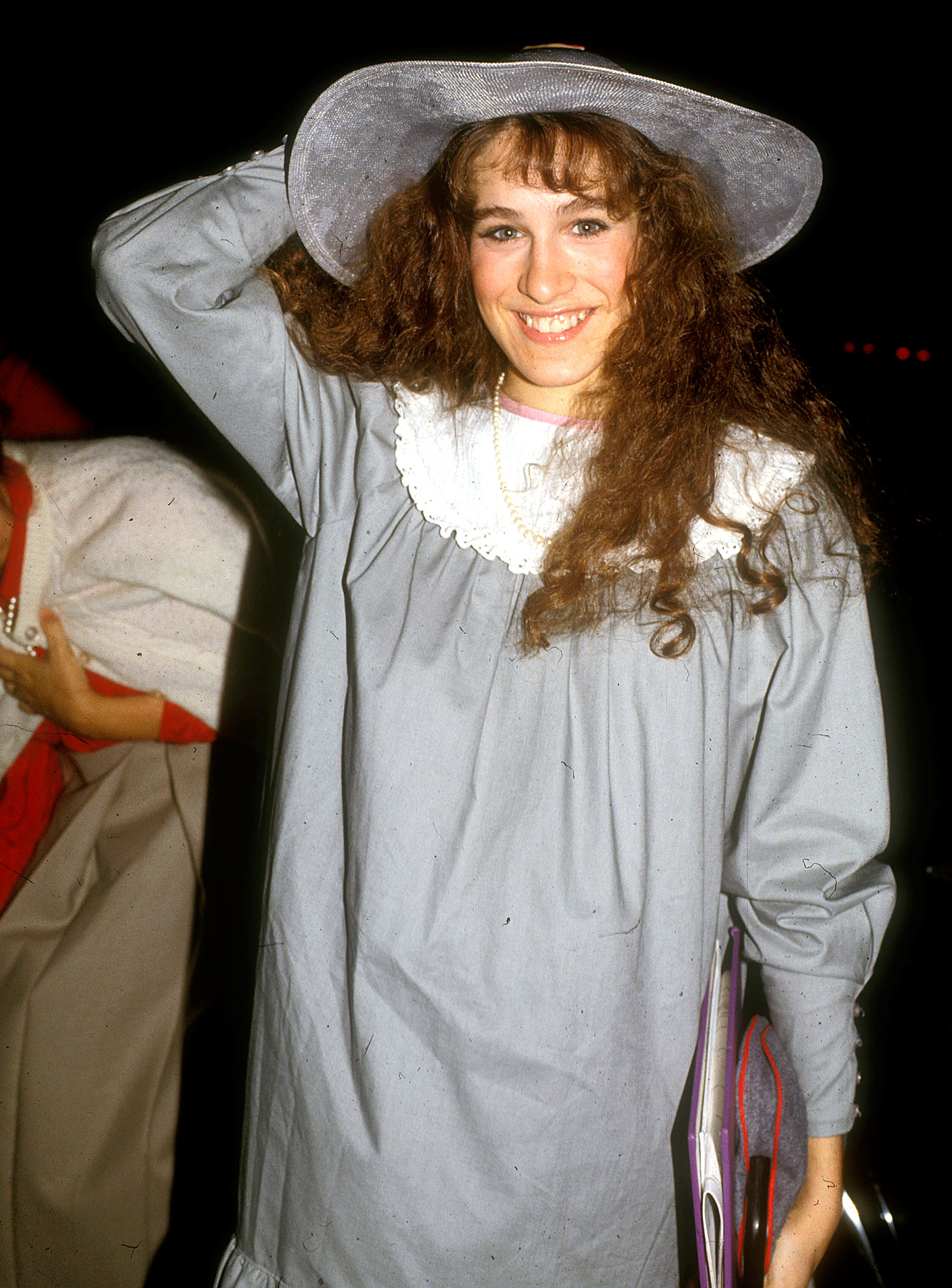 Holy mumu! As she was starting to break into show business in the early '80s with the comedy series Square Pegs , Sarah Jessica Parker stepped out in this giant gray dress with a matching wide-brimmed hat.
