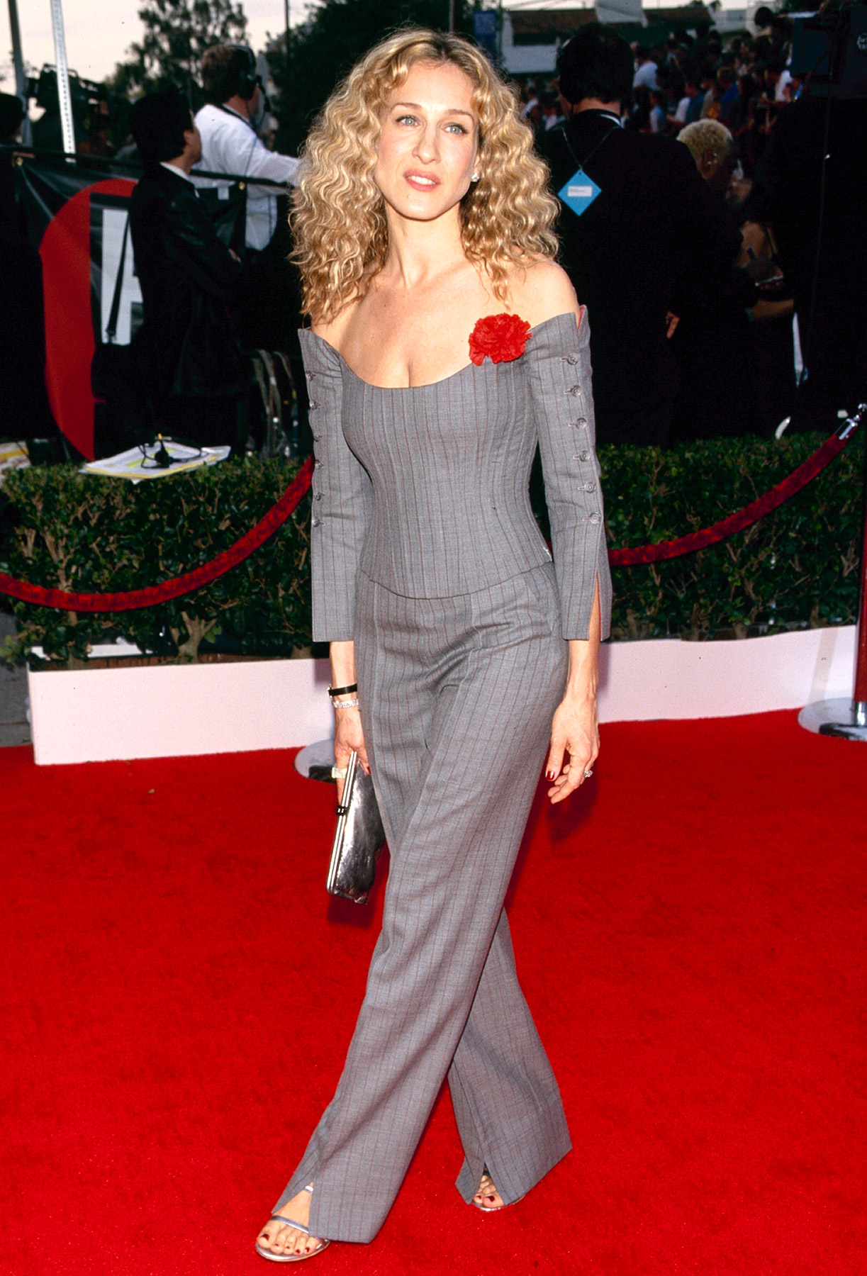 Parker revved up the menswear game in a shocking grey pinstripe Vivienne Westwood two-piece suit at the 2000 SAG Awards on March 12. With crimped hair and a bright red flower pinned to her top, she managed to create one of the carpet's biggest fashion statements.