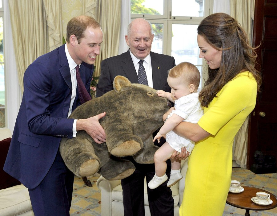 1397669124_prince-william-prince-george-kate-middleton-toy-zoom
