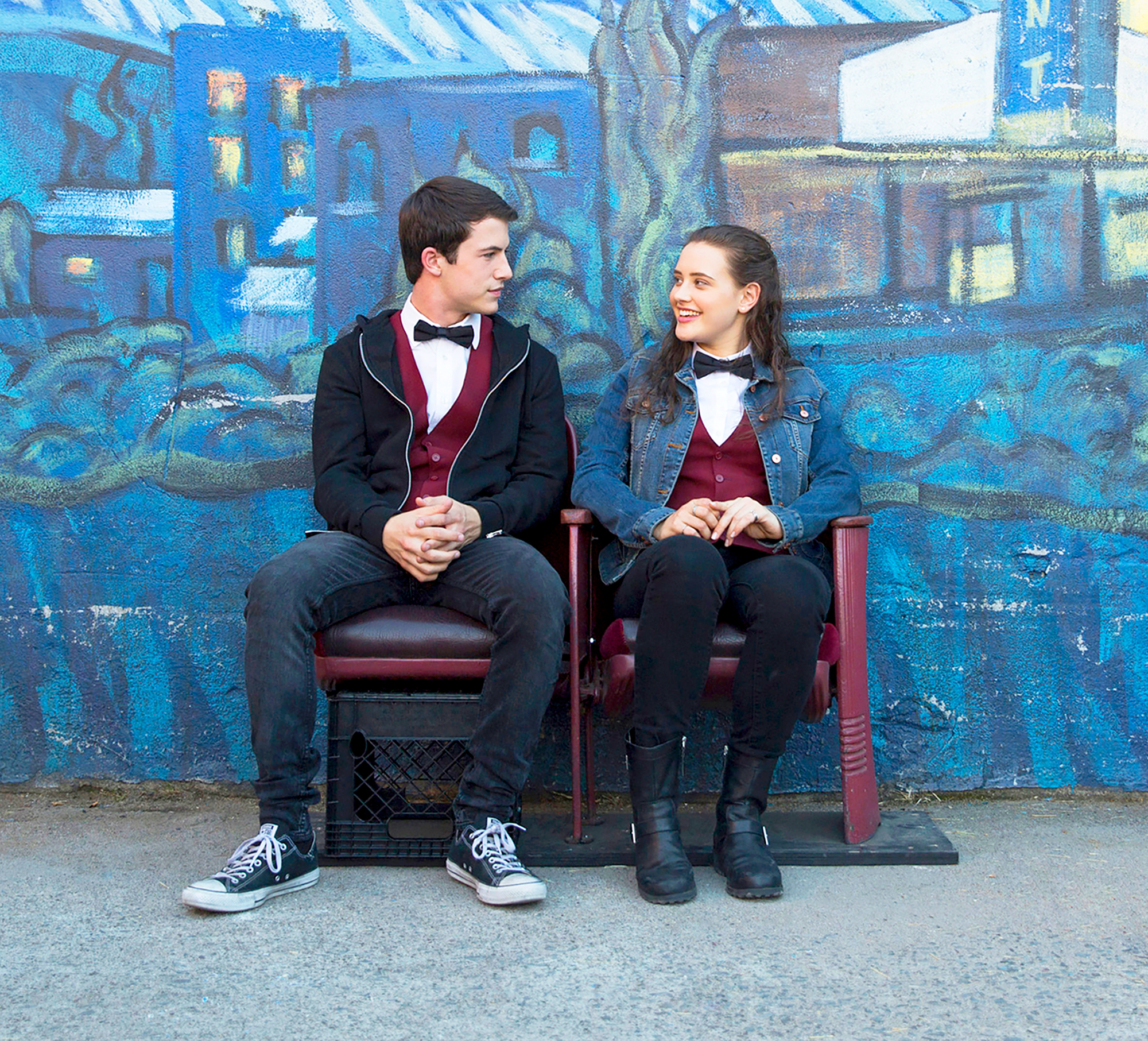 Dylan Minnette and Katherine Langford 13 Reasons Why