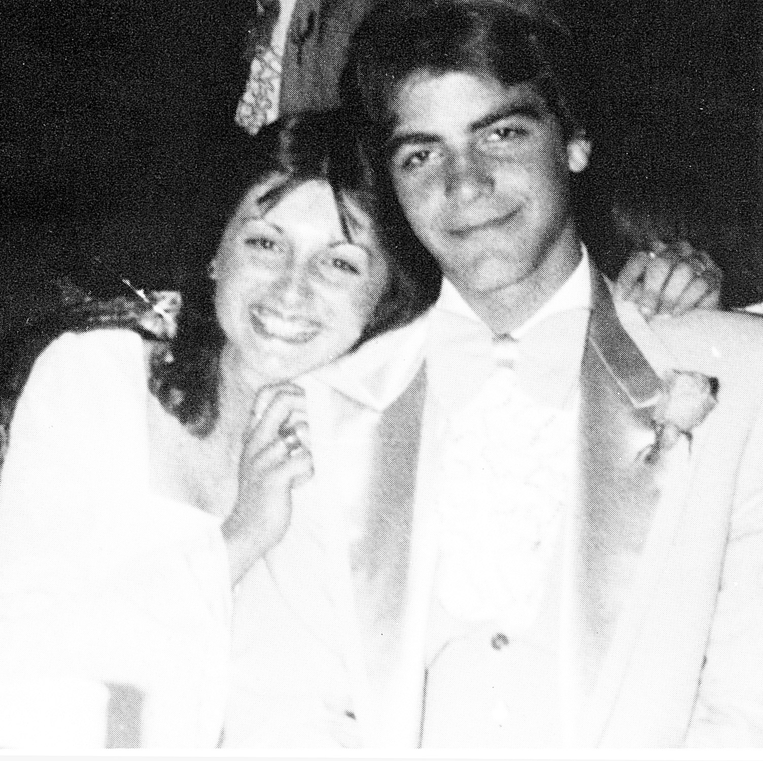A ladies man from the start! A graduate of Augusta High School in Kentucky, the actor already had his signature charm at his junior prom in 1978.
