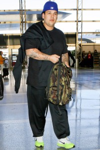 Rob Kardashian at the airport in Los Angeles on May 18, 2014