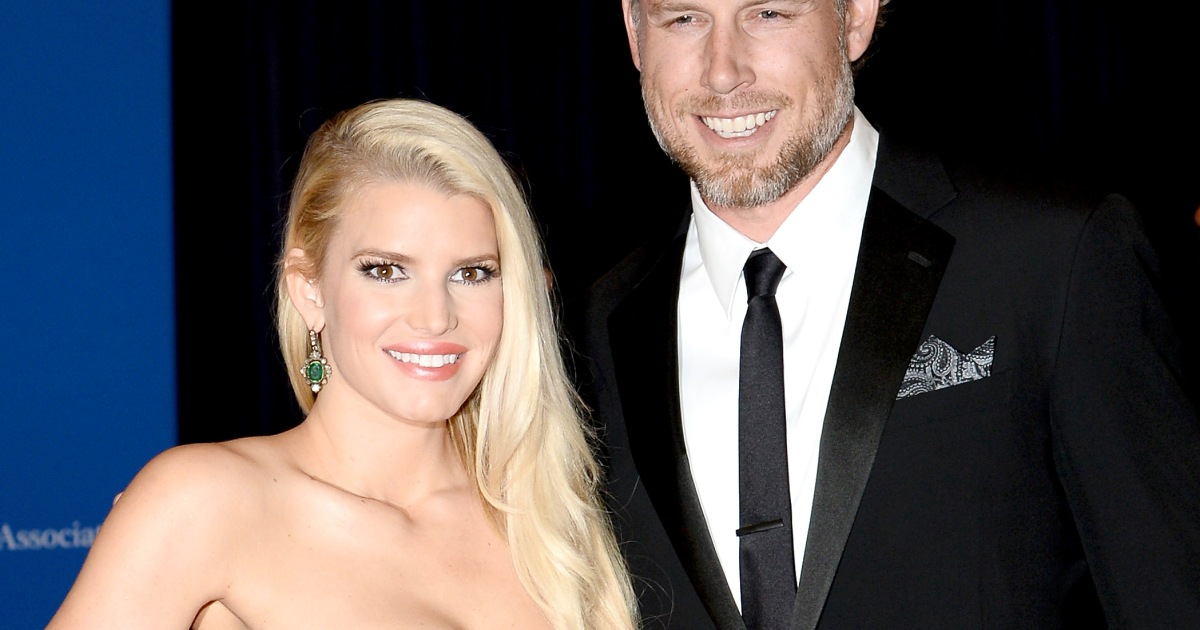 Who is jessica simpson currently dating