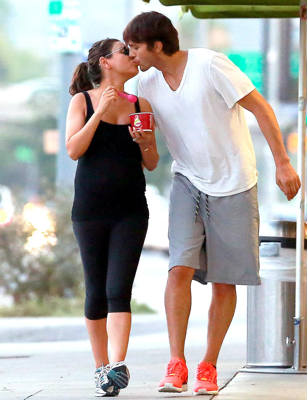 Ashton Kutcher datování Mila