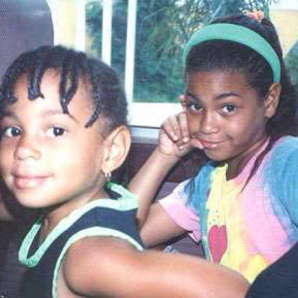 1411586171_beyonce-and-sister-zoom-9ae67df0-b717-4d96-9807-c756aaf6a57f