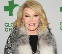 1412638356_gone-too-soon-joan-rivers-zoom