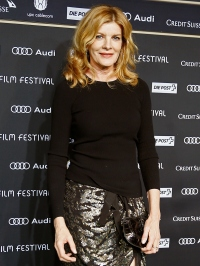 1413389515_rene-russo-zoom-gall-02