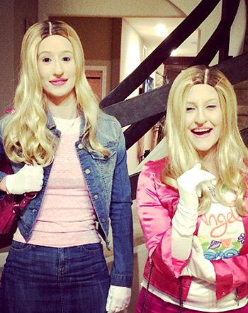 Halloween Costumes For Two Friends.Iggy Azalea Wears White Chicks Halloween Costume After Snoop